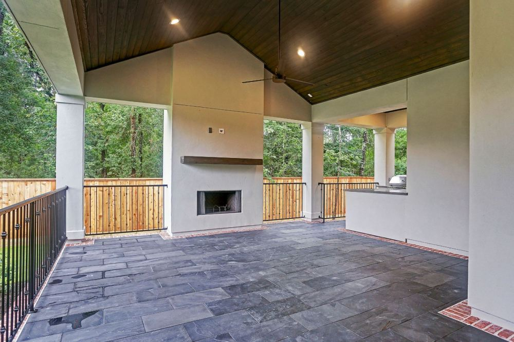 3-Gatewood-Reserve-Outdoor-Living-Space-1